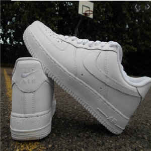 Nike Air force 1 Blanche Pointure 40 à 44