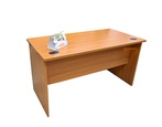 Table de bureau, Dimension 1.40mX1500X750 arc carré.