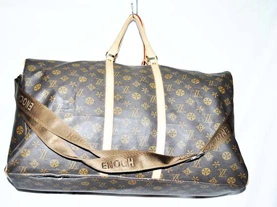 ShoppingList   Sac de voyage 2 cordes Louis Vuitton (Unclassified ... 8bc0f0e5d39